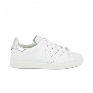 zapatillas-deportivas-victoria-blancas-y-plateadas