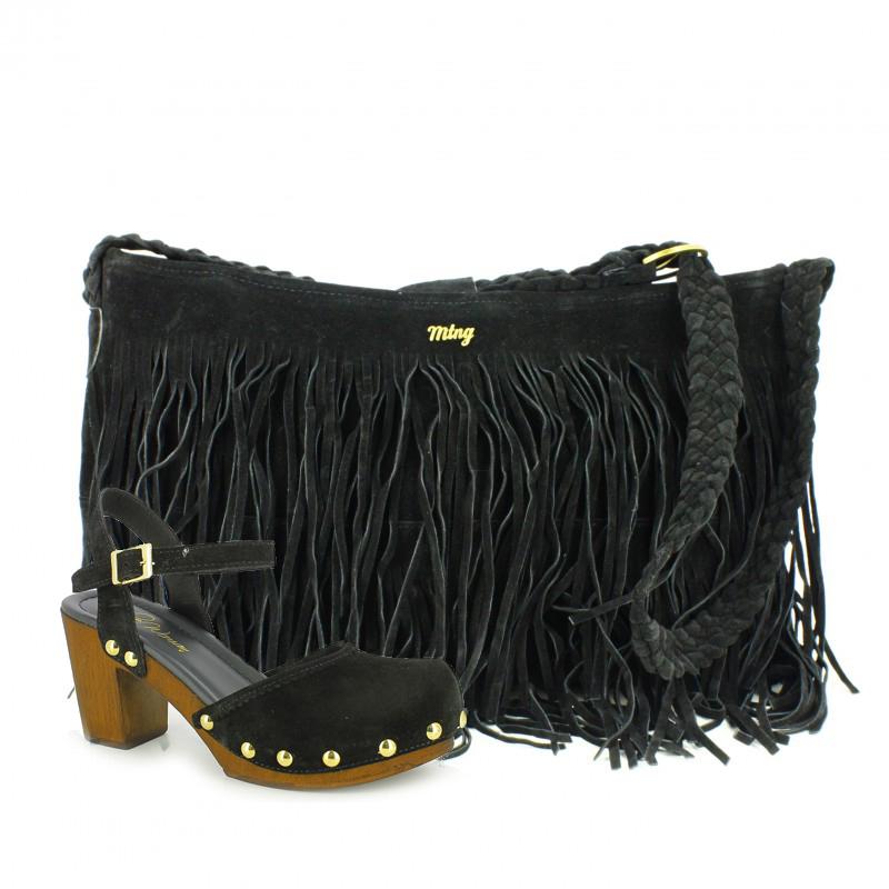 sandalias ante negro y bolso de flecos mustang - querol online