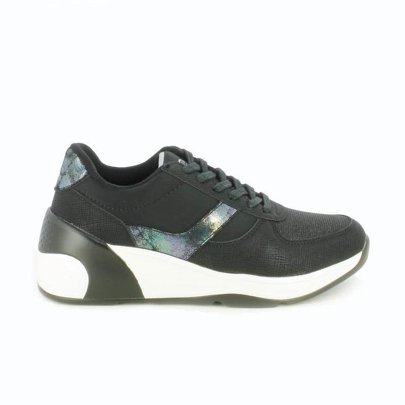 zapatillas-deportivas-mustang-negras-blancas-y-plateadas