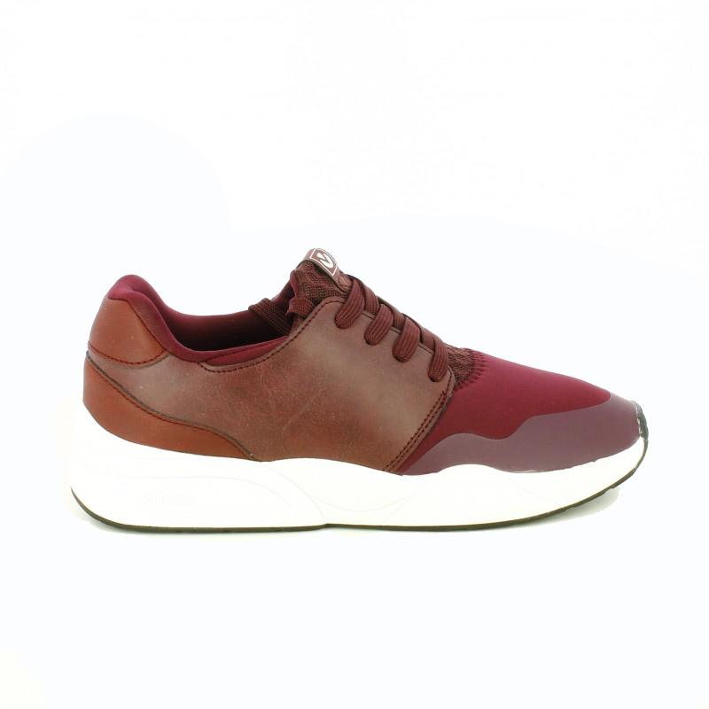 zapatillas-deportivas-victoria-burdeos-y-blancas