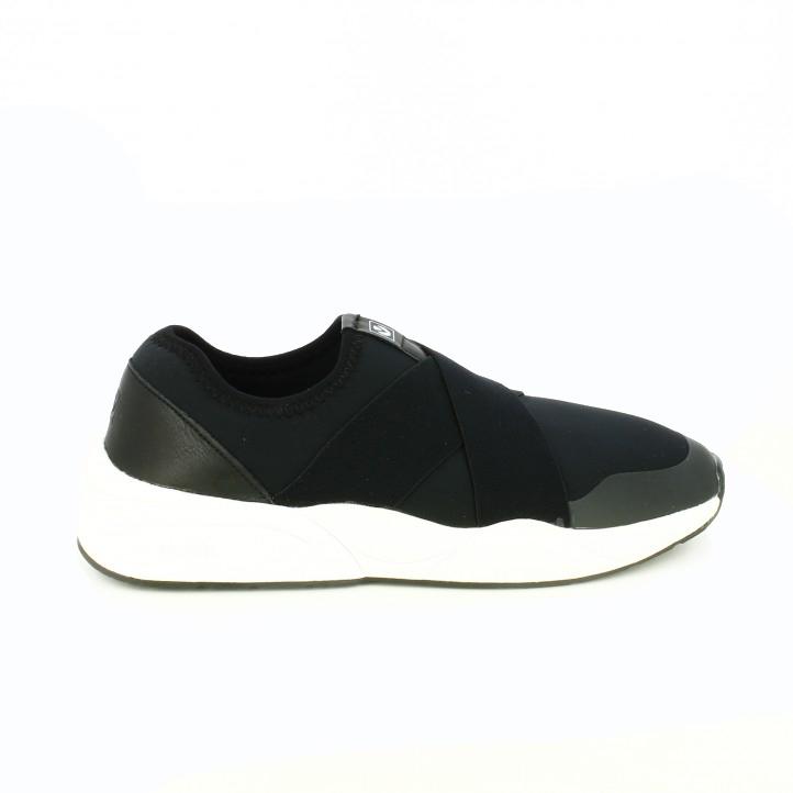 b50dbc6acd122 zapatillas-deportivas-victoria-negras-y-blancas-sin-cordones