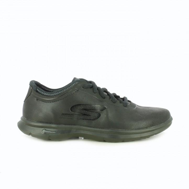 zapatillas-deportivas-skechers-negras-suela-flexible
