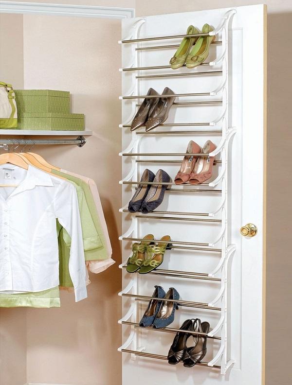 cómo organizar tu zapatero en una puerta con hierros - cómo organizar zapatos