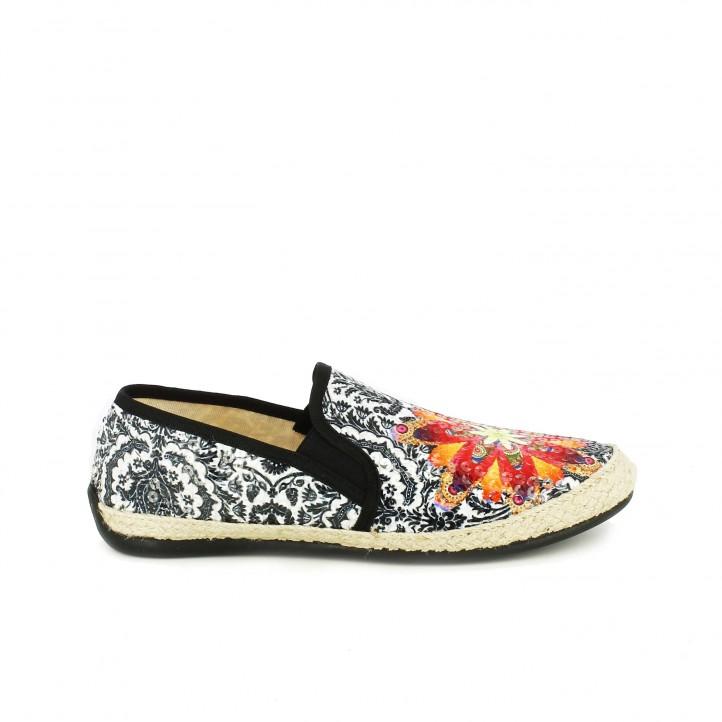 diccionario de zapatos: alpargatas desigual slip on con lentejuelas de colores