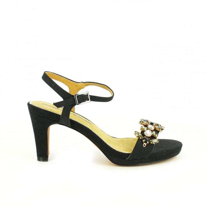 diccionario de zapatos: sandalias tacon maria mare negras con pedreria