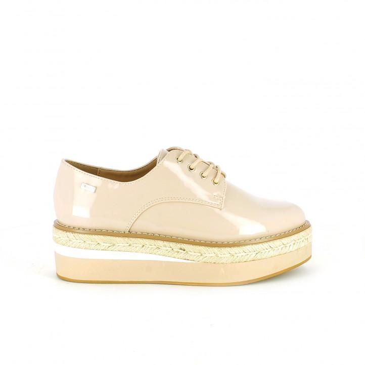 diccionario de zapatos: zapatos planos mustang bluchers rosas de charol con plataforma
