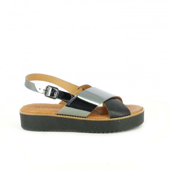 sandalias Redlove planas de piel negras y plateadas
