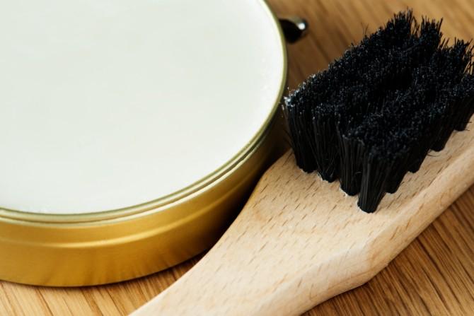 Cómo limpiar botas de piel