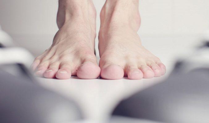 zapatos y plantillas para pies planos