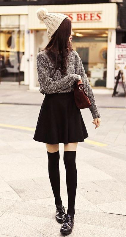 look femenino con zapatos oxford